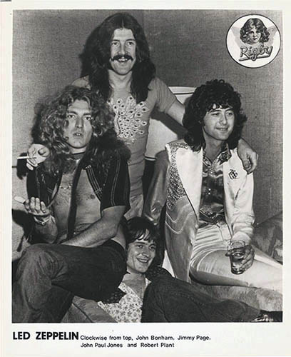 original 1972 Led Zeppelin press photo, band in hotel room